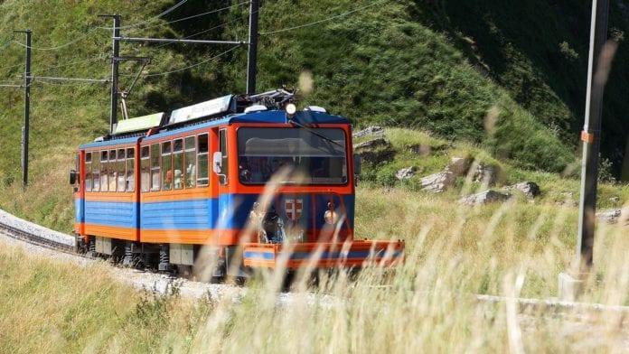 Ferrovia Monte Generoso : 9 licenziamenti in vetta
