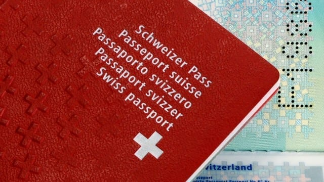 NATURALIZZAZIONE - Ora sarà più difficile avere il passaporto