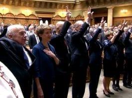 SVIZZERA- Rieletto un Governo Federale lontano dai ticinesi