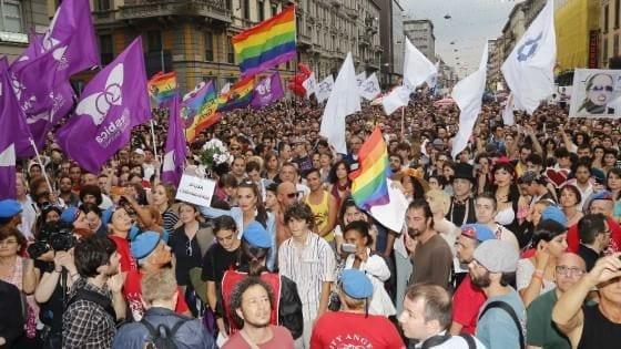 SVIZZERA - Stop alla discriminazione basata sull'orientamento sessuale