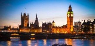 """FINE DELLA LIBERA CIRCOLAZIONE: per Londra è """"un momento storico""""."""