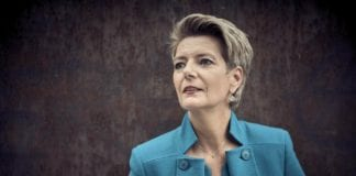 KARIN-KELLER SUTTER: Nuova conferenza stampa da Berna sul coronavirus, cosa succederà ai confini, 13.05.2020, in aggiornamento