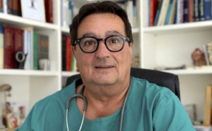 COVID-19: quasi 200 casi in Svizzera nelle ultime ore. Franco Denti raccomanda le mascherine al chiuso.