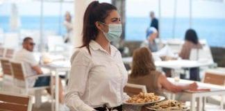 MASCHERINE: obbligo ai camerieri e ai docenti negli spazi condivisi