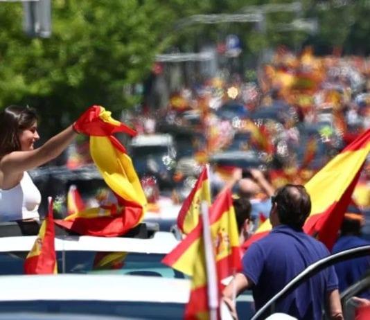 LOCKDOWN: nuove chiusure per settimana prossima, a Madrid scatta la protesta