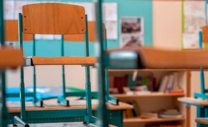 SCUOLE MEDIE: classi in quarantena a Giubiasco, Cadenazzo e Barbengo
