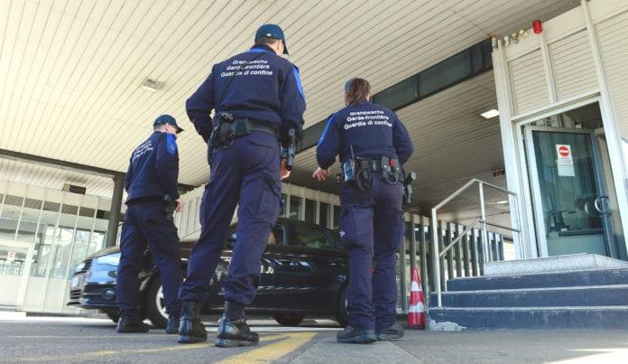 CONFINI: richiesti controlli a Berna in entrata e uscita dall'Italia