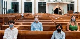 MASCHERINA: si del Consiglio Nazionale a multe fino a 300 Chf per chi non le indossa