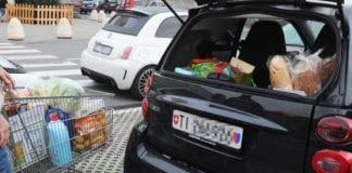 """SPESA IN ITALIA: da domani la Lombardia torna """"gialla"""" ma la spesa rimane vietata ai ticinesi."""